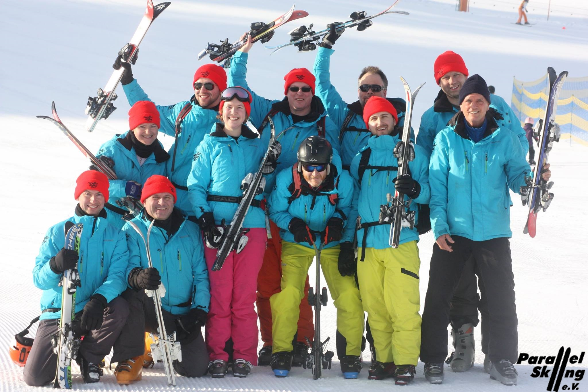 Instructors with Short Skis